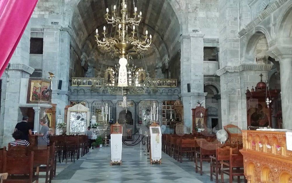 Πάρος: Η Παναγία Εκατονταπυλιανή «ενδύεται» τα γιορτινά της! 2