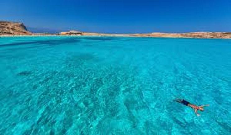 Ποιο ελληνικό νησί βρίσκεται στη λίστα του Travel+Leisure με τα 25 μυστικά της Ευρώπης